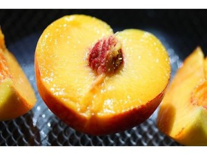 juicy peach-800x600